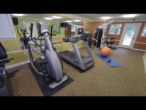 Enjoy Resort-Style Amenities - Berkshire Manor - Carrboro, NC