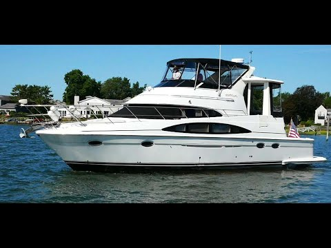 Carver 444 Cockpit Motor Yacht video