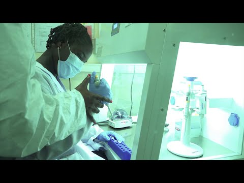 Emmanuella Kisula rêve de devenir chercheur en biologie