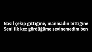 Murat Dalkılıç - Bu Nasıl Aşk Lyrics