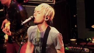 Evan Taubenfeld - Razorblade Limeade (Live)