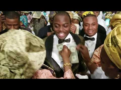 Sheikh Jamiu Ami Olohun dances it off during his wedding in Arlington, TX