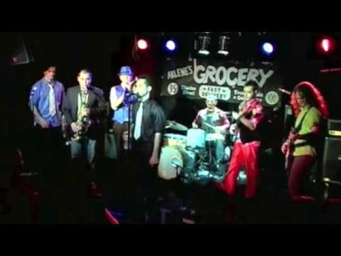 "Blue Food - ""Joker Face"" Live At Arlene's Grocery"
