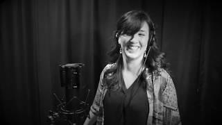 The Black & White Sessions : Gina Saputo : On the Street Where You Live