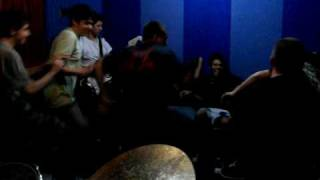 Makes No Sense - Velho Punk  [1] (Gritando HC)