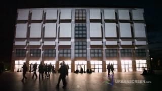 When a building dreams...