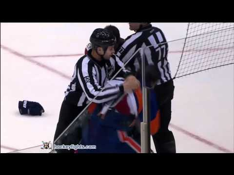 Travis Hamonic vs. Scottie Upshall