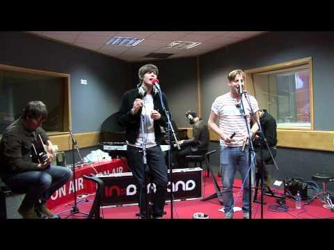 Kaiser Chiefs - On The Run (session)