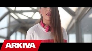 Zelma - Nje moment (Official Video High Quality Mp3)