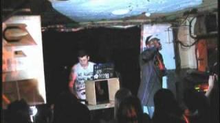 Chiddy Bang - Fresh Like Us [Live @ YoYo]
