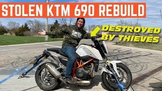 Buying A STOLEN KTM Duke 690 And Fixing It In ONE DAY
