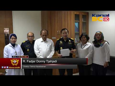 Konferensi Pers Aturan Impor Mainan Wajib SNI