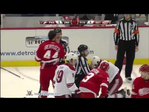 Todd Bertuzzi vs. Rostislav Klesla