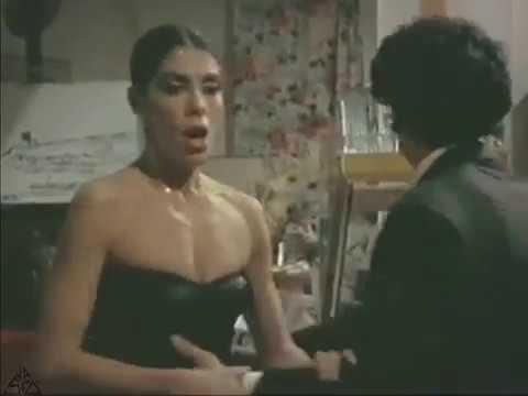 # Nadia Cassini e Renzo Montagnani divertente scena