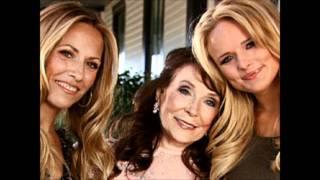 Loretta Lynn, Miranda Lambert & Sheryl Crow - Coal Miner's Daughter