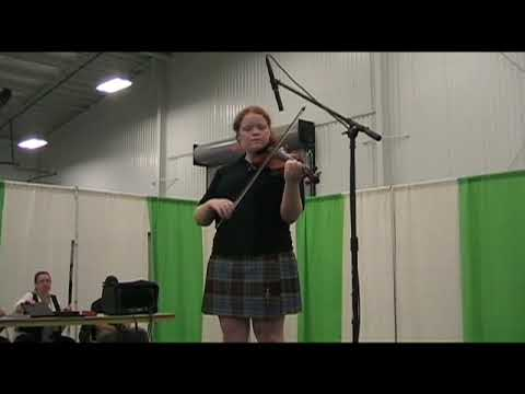 Bri competes in the 2009 Meadow Scottish Fiddle Competition
