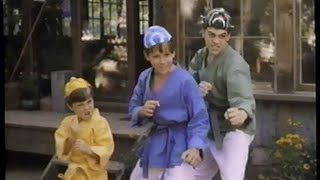 Trailer of 3 Ninjas Kick Back (1994)