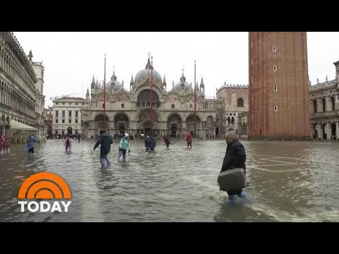 Venice Contends With 'Apocalyptic' Flooding | TODAY