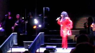 Donna Summer - No More Tears (Enough Is Enough) - Live in Brooklyn NY