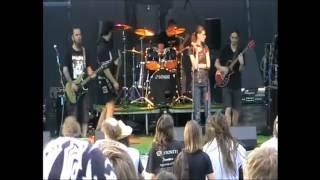 Video BLAHO 19 - S trávou růst (live)