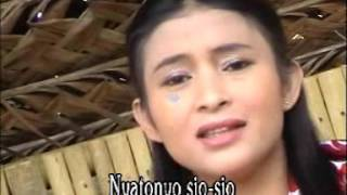 Download lagu Susi Cinto Bakalang Mato Mp3
