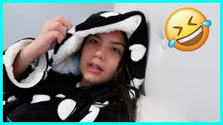 USING A ROBE TO SCHOOL | SISTERFOREVERVLOGS #429
