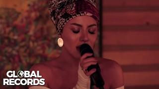 Nicoleta Nuca - Caught Out In The Rain | Studio Live Session