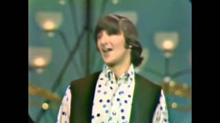 Клип: The Mamas & The Papas - California Dreamin' - Видео онлайн