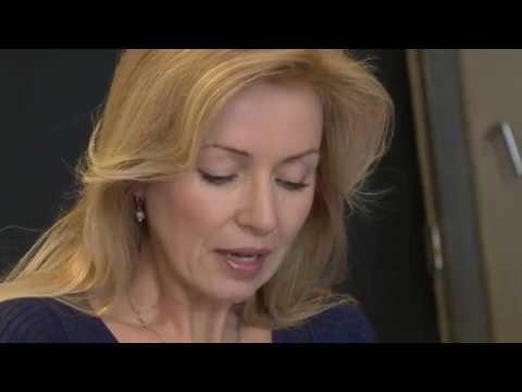 Video k novince: ZAČALI JSME ZKOUŠET: AHOJ, KRÁSKO! (LINDA)