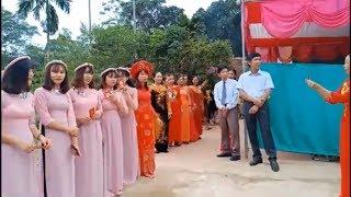 Lễ ăn hỏi ở quê Thạch Thành.
