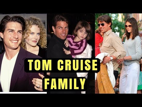 Actor Tom Cruise Family Photos With Former Spouse Katie Holmes, Daughter, Son, Sister & Parents