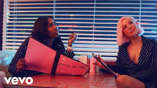 Iggy Azalea ft. Kash Doll - F*ck It Up