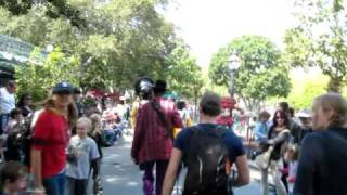 The Jambalaya Jazz Band plays When the saints Go Marching In at Disneyland