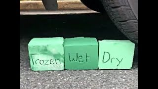 CRUSHING FLORAL FOAM WET Vs DRY AND FROZEN FLORAL FOAM SATISFYING ASMR