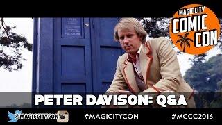 Trois Docteurs interrompent le Q&A de John Barrowman (Comicpalooza 2014)