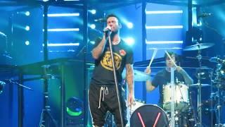 Maroon 5 - Makes Me Wonder \ Rock With You \ Moves Like Jagger - Talking Stick Arena - Phoenix, AZ