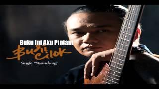 """Budi Cilok """"Buku Ini Aku Pinjam"""" Tribute To Iwan Fals"""