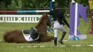 Неудачные моменты в конном спорте