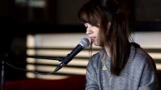 Lilly Among Clouds   When We Are Old (Live Session) ••• PerlenTV 053