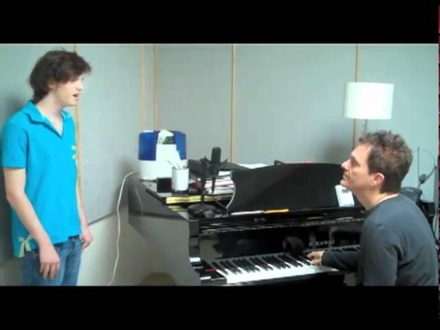 Mac-Ballard-Roger-Love-声楽-Vocal-teacher