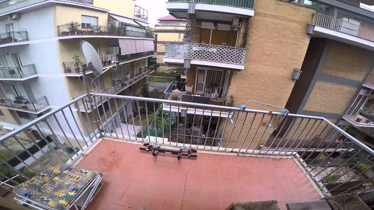 Double Bed in Rooms for rent in spacious apartment in a peaceful neighbourhood