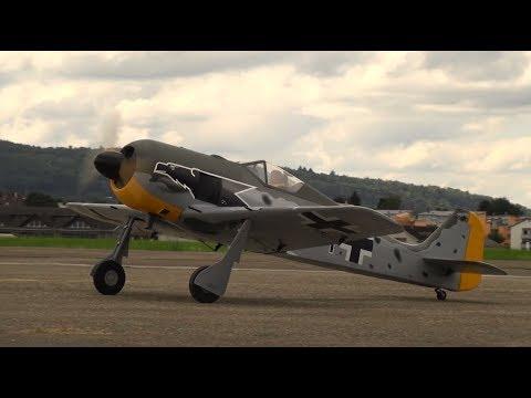focke-wulf-fw190-scale-rc-model-warbird-fly-in-2017-dübendorf
