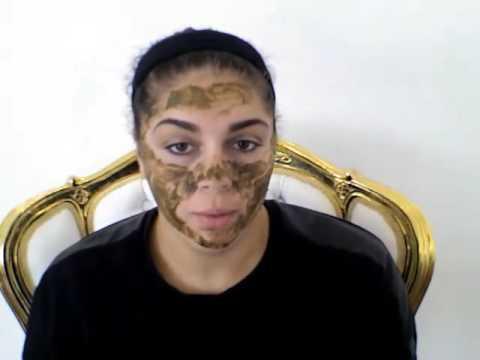 Kung paano gumawa ng isang mukha mask tuyong balat mula sa clay