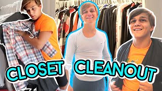 Emptying Out My Entire Closet & Getting Organized!
