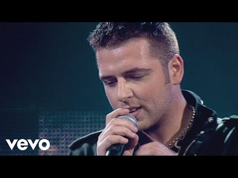 Westlife - Flying Without Wings (Live From M.E.N. Arena)