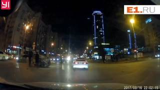 ДТП с пожарной машиной в центре Екатеринбурга