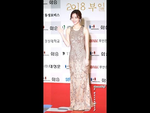 [4K]181005 누드톤 드레스의 김규선 직캠 ... ▶0:56