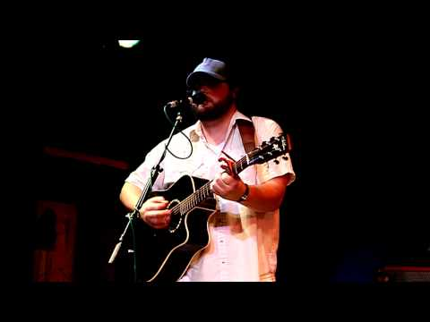 Levi Ray at Lolas 10-21-2010