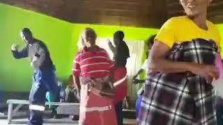 Undivusela Ntoni   Ingoma YesiXhosa Yasetywaleni...