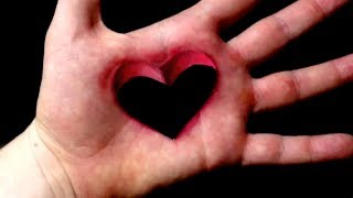 HEART HOLE ON HAND Bodypainting Illusion